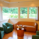 Hospice of Hilo lounge and counseling area.